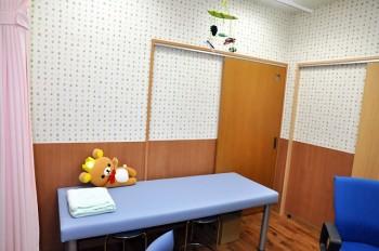 第一診察室の診察台